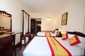 Khách Sạn Cần Cho Thuê Diện Tích 60m2 Giá 60Tr/tháng 408290