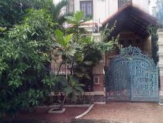 Cần cho thuê biệt thự khu Thảo Điền, P.Thảo Điền, Q2. 352m2 (15 x 25m), 52.5 triệu/th, 0918883479