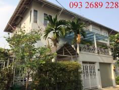 Villa Thảo Điền cho thuê, giá 3300$/tháng,  trệt 2 lầu, 4PN, có nội thất, Hồ bơi