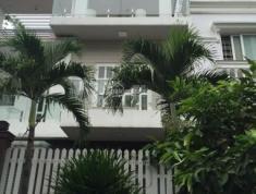 Villa cho thuê đường nội bộ Xuân Thuỷ, Quận 2, hướng Tây Bắc. Giá 45 triệu/tháng.