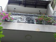 Cho thuê nhà Nguyễn Đăng Giai, mặt phố Thảo Điền, Q2. 130m2, giá 14 tr/th