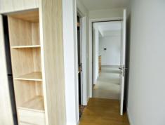 Cho thuê gấp căn hộ chung cư Thủ Thiêm Sky, Thảo Điền, 2PN, nội thất cơ bản giá rẻ chỉ 9 triệu/tháng LH: Yến 0903989485