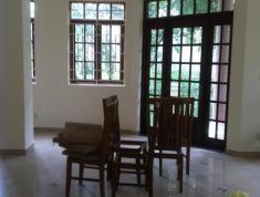 Cần cho thuê nhà phố tại Thảo Điền, DT 6*25m, 1 lầu, 5 phòng, giá 19 triệu/tháng (0902869981)