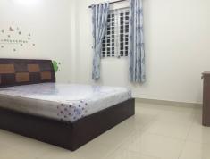 Cho thuê phòng 30 m2 khu an phú giá 4,5 triệu quận 2.