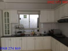 Cho thuê nhà 2 lầu MT đường Lương Định Của, P.Bình An, Q2
