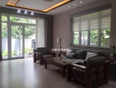 Cho thuê villa cao cấp ngay trung tâm Thảo Điền, Quận 2. Giá 90 triệu/tháng