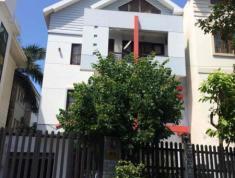 Villa P.Thảo Điền Q2 cần cho thuê với giá 31.5 triệu/th, có gara, vườn, full nội thất