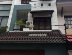 Cho thuê villa đường 34, P.An Phú, Q2. Giá 35 triệu/tháng