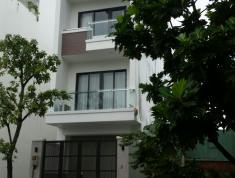 Bán nhà Nguyễn Bá Huân Thảo Điền Quận 2, 82m2, 2 lầu, 6PN, giá 7.65 tỷ (TL). LH: 0938602451.