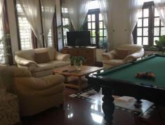 Villa đường 11, P Thảo Điền, Q2 cần cho thuê với giá 2800$ có nội thất