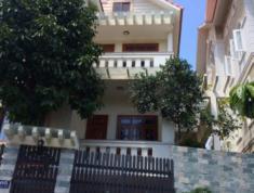 Cho thuê Biệt thự đường 40, P Bình An, Q2 giá 1700$