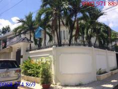 Cho thuê Villa hồ bơi sân vườn đường Nguyễn Văn Hưởng Q2 giá 5200$/1th