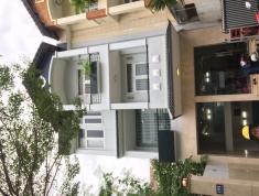 Cho thuê villa đường Nguyễn Hoàng, An Phú, có gara ô tô, sân thượng