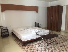 Cho thuê villa 4PN đủ nội thất đường Đặng Hữu Phổ. Giá 40 triệu/th