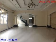 Cho thuê biệt thự đường Tống Hữu Định, P. Thảo Điền, Q2, có sân vườn hồ bơi