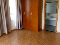 Cho thuê căn hộ Tropic Garden, 3 phòng ngủ, NT cơ bản đều lót sàn gỗ, tủ quần áo, cửa đều là đồ gỗ