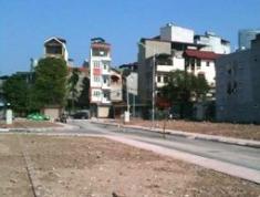 Cần tiền bán gấp đất 2 mặt tiền đường Lương Định Của, Q2, SHR, giá 960 triệu/nền