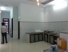 Cần bán nhà trên đường Nguyễn Thị Định, Quận 2