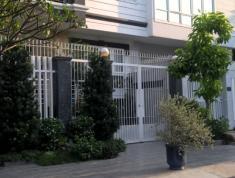 Cho thuê nhà số 8 chợ Đo Đạc, P. Bình An, Quận 2. 3 lầu, 17 triệu/tháng