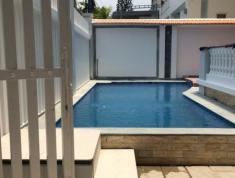Biệt thự hồ bơi, sân vườn 700m2 trên đường Tống Hữu Định, Thảo Điền, Q2. Cho thuê 72,5 triệu/th