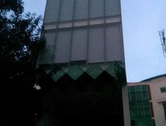 Cho thuê nhà nguyên căn 5 lầu có thang máy ở mặt tiền gần Đồng Văn Cống. LH 0949425050