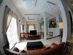 Cho thuê gấp villa, đường Đặng Hữu Phổ, Thảo Điền, Quận 2. Giá 399 triệu/tháng