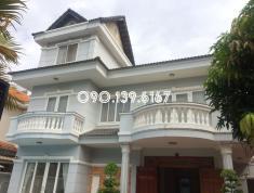 Villa đường Tống Hữu Định, Thảo Điền, Quận 2. Giá 67.2 triệu/tháng