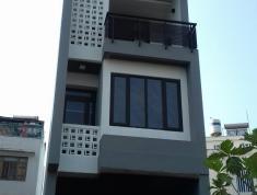 Cho thuê villas khu Sông Giồng, Q.2, 140m2, 30 tr/th, 5PN