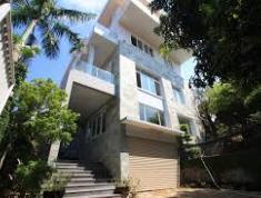 Cần cho thuê villa quận 2, diện tích 200m2, giá 126 triệu/tháng