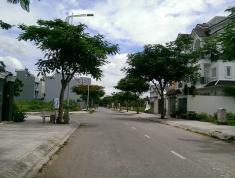 Bán gấp lô R, 110m2 gần trường Nguyễn Văn Trỗi, KDC Đông Thủ Thiêm, Q2