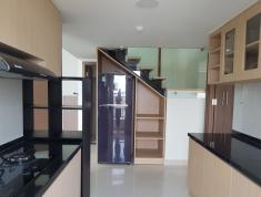 Cho thuê căn hộ LA ASTORIA Quận 2.50m gồm1pn,1wc.Giá 6Tr/th. LH KIỆT 0949045835