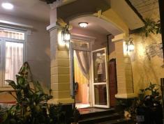 Phòng cao cấp đầy đủ nội thất villa, quận 2