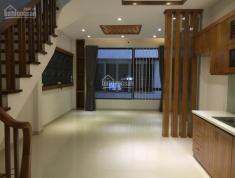 Nhà đẹp giá rẻ, phù hợp cho nhiều loại hình kinh doanh, phần giao thô bên trong tự do thiết kế