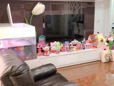 Bán căn hộ Parcspring, Q2, 3PN, 2WC, tặng nội thất, sổ hồng, giá bán 2,75 tỷ. LH 0903 8242 49