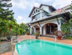 Cần cho thuê villa quận 2, diện tích 400m2, giá 105 triệu/tháng