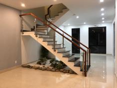 Cho thuê nhà phố City Bella 1, Quận 2, nhà mới hoàn toàn, căn góc, 3PN, 186m2, 14 tr/tháng
