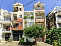 Bán nhà đường Quốc Hương, Thảo Điền, Q2, 4x22m, 2 lầu, 2PN, 2WC, sổ hồng, 15,5 tỷ. 0903 8242 49