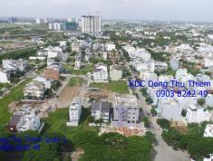 Bán đất KDC Đông Thủ Thiêm Quận 2: diện tích 8x22m, đối diện công viên, hướng Đông Nam, giá bán 45tr/m2. LH 0903 8242 49