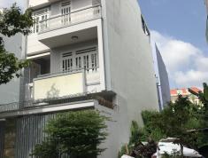 Cần cho thuê nhà phố KDC Đông Thủ Thiêm, Q2. 4PN, 5WC, DT 4x18m, máy lạnh, sàn gỗ, 18 tr/th