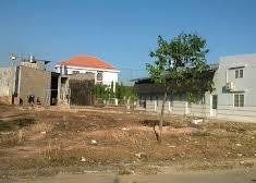 Chính chủ cần bán đất, diện tích 300m2, giá 100 tr/m2