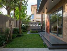 Bán biệt thự Xuân Thủy, 1 trệt + 2 lầu, diện tích 340m2, có sân vườn