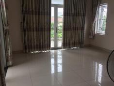 Cần bán gấp căn villa sân vườn số 33 đường 64, P. Thảo Điền, Quận 2