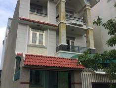 Bán gấp nhà số 19 đường 47, P. Thảo Điền, Quận 2. DT 210m2, giá 15 tỷ