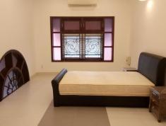 Bán gấp căn nhà số 35 đường Xa Lộ Hà Nội, P. Thảo Điền, Quận 2
