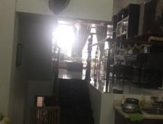 Bán gấp căn Villa đầy đủ nội thất đường 33, P. Bình An, Quận 2