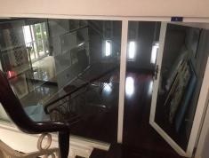 Cho thuê biệt thự khu B An Phú An Khánh, Quận 2, giá 63 triệu/tháng, DT(10x20) 200m2. 0915698839