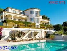 Cần bán gấp căn Villa có hồ bơi sân vườn hiện đại P. Thảo Điền, Quận 2