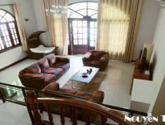 Cần bán gấp căn villa quận 2, diện tích 150m2, giá bán 11 tỷ
