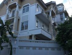 Cần bán villa nhà phố quận 2, diện tích 240m2, giá bán 30 tỷ
