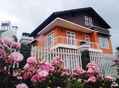Bán biệt thự đường Số 2, Làng Báo Chí, P. Thảo Điền, Q. 2. DT 10 x 11m, giá 13 tỷ, nhà 2.5 lầu